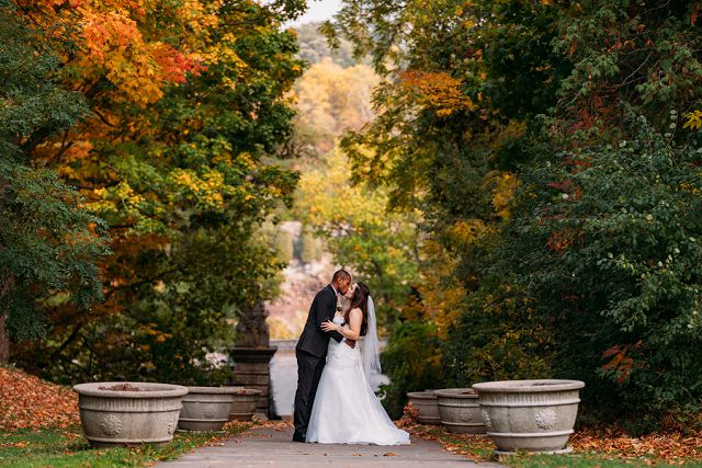 fall wedding at brock monument